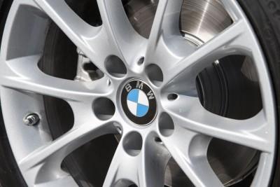 2016 BMW 3 Series 8