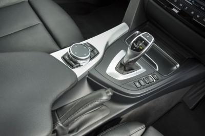 2016 BMW 330d xDrive Touring 41
