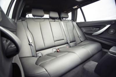 2016 BMW 330d xDrive Touring 44