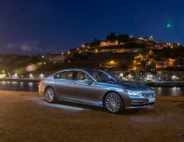 2016 BMW 750Li Stars in Massive New Photoshoot