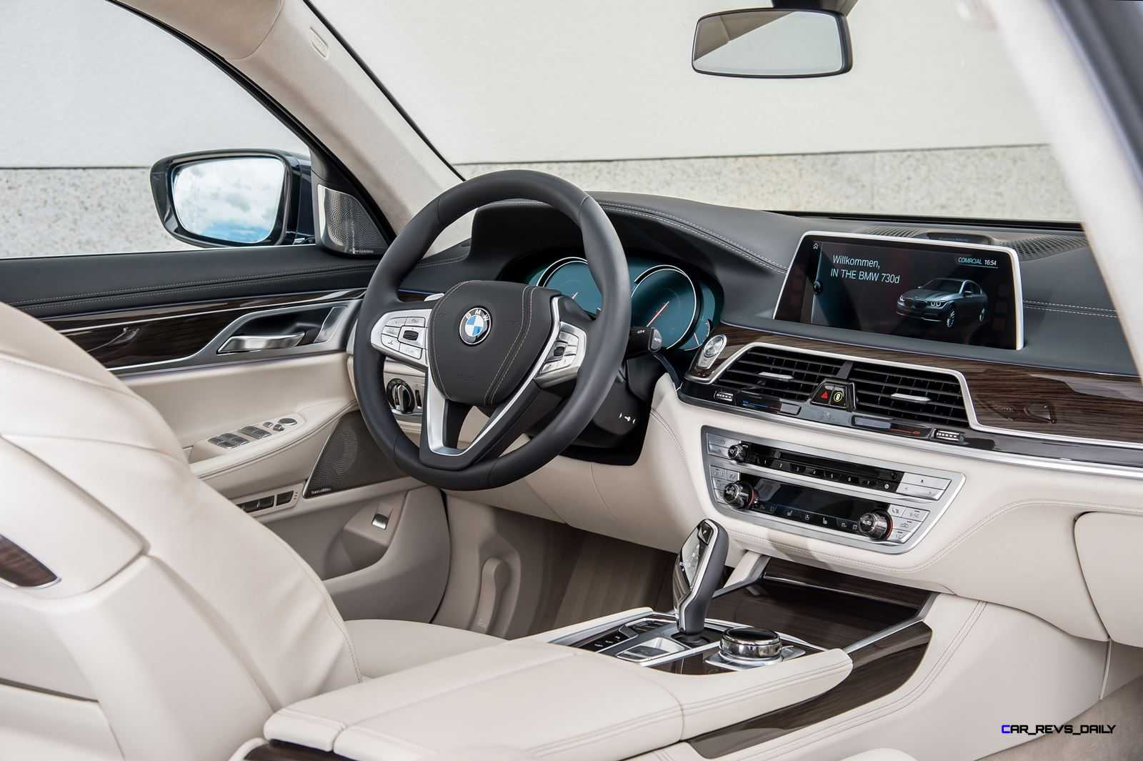 2016 BMW 750Li Interior 27