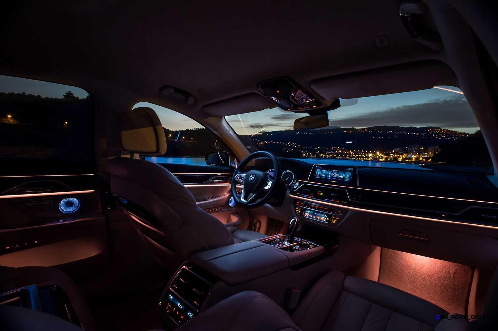 2016 BMW 750Li Interior 30