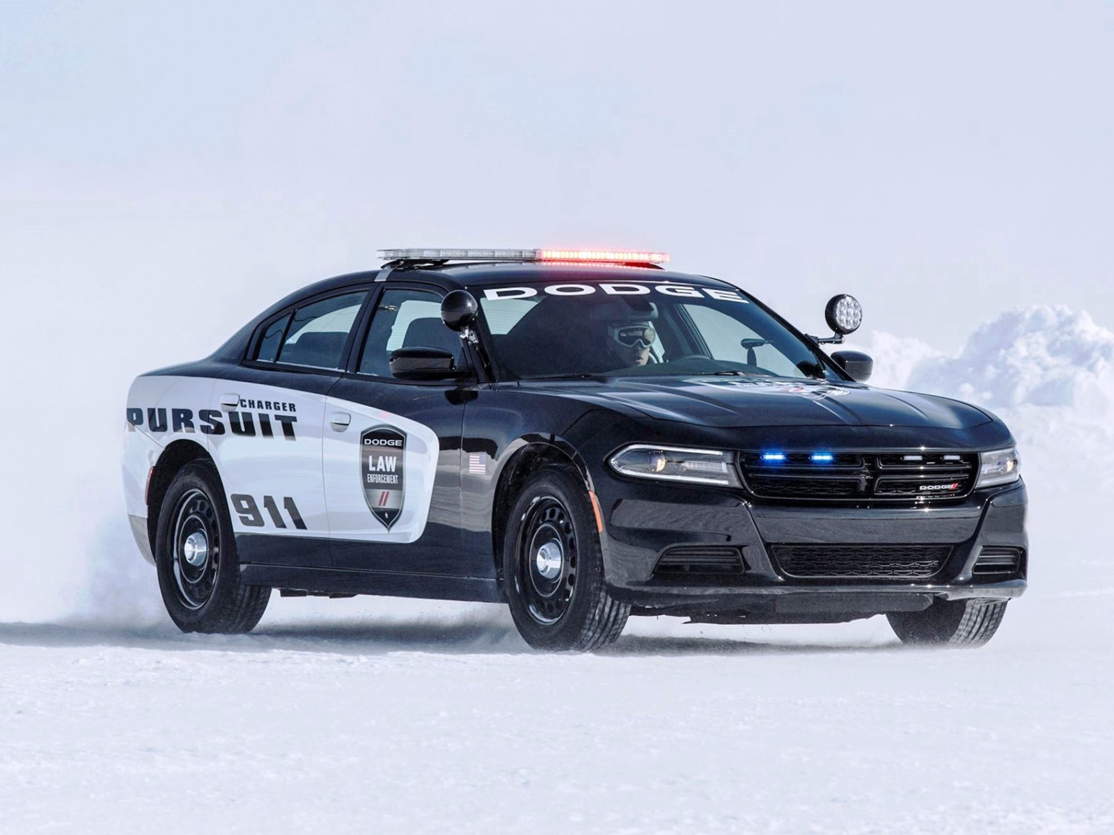 2016 dodge charger pursuit v 8 awd. Black Bedroom Furniture Sets. Home Design Ideas