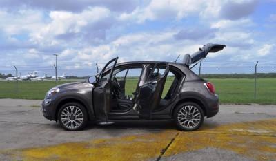 2016 Fiat 500X Interior 19