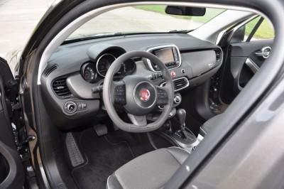 2016 Fiat 500X Interior 22
