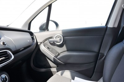 2016 Fiat 500X Interior 5