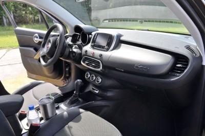 2016 Fiat 500X Interior 6