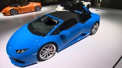 2016 Lamborghini Huracan SPYDER - Roof Sequence Stills 112 copy