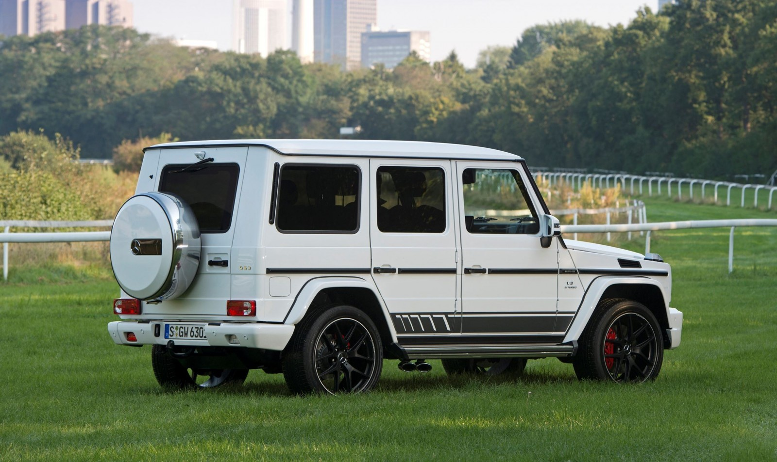 2016 Mercedes Benz G500 And G63
