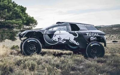 2016 Peugeot DKR16 Rally Racer 23