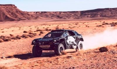 2016 Peugeot DKR16 Rally Racer 9