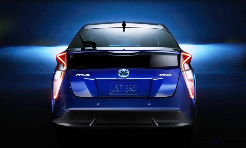 2016 Toyota PRIUS 23