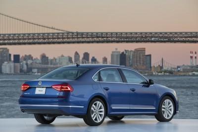 2016 Volkswagen Passat USA 23