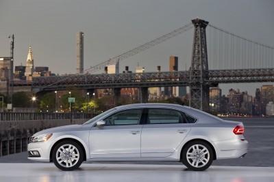 2016 Volkswagen Passat USA 25