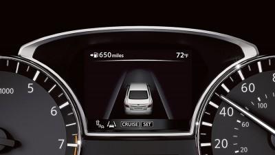 2016-nissan-altima-advanced-drive-assist-display