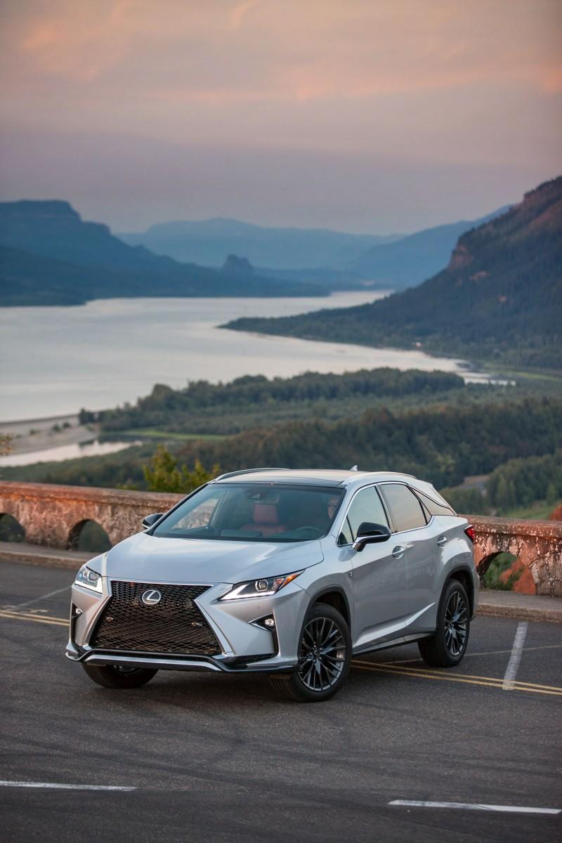 2016_Lexus_RX_350_F_SPORT_004_8C81221E8AA734056B8477B51D7F044F46FA025A