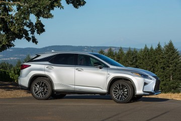 Update1 - 2016 Lexus RX350 and RX450h Are All-New Inside and Out