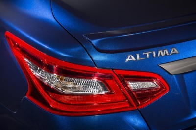 """With the addition of the new SR model to the 2016 Altima line-up, Nissan is taking dead aim at one of the fastest growing areas of the mid-size sedan segment – sport variants. Among some competitors, the so-called """"sport"""" grades account for nearly 40 percent of total sales. Altima already is one of the sportiest designs in the segment, however the company is taking a more Nissan-like approach, adding a level of true enhanced performance to go with the requisite larger wheels and spoiler."""