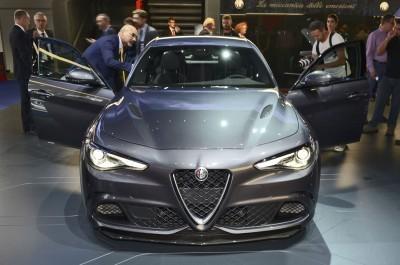 2017 Alfa Romeo GIULIA Quadrifoglio 14