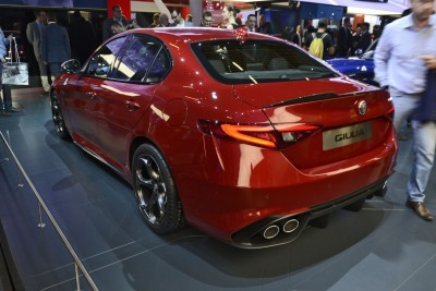 2017 Alfa Romeo GIULIA Quadrifoglio 4