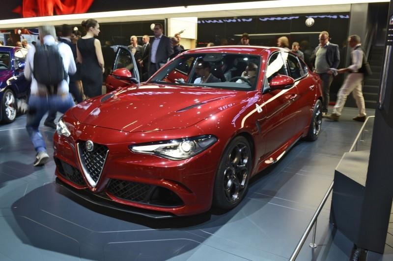 2017 Alfa Romeo GIULIA Quadrifoglio 8