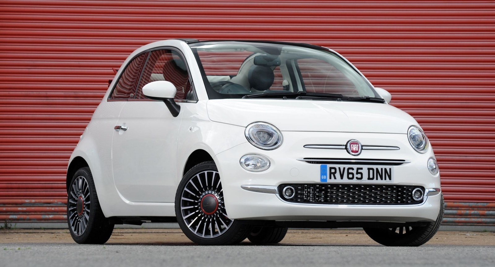 2017 fiat 500 and 500c facelift. Black Bedroom Furniture Sets. Home Design Ideas