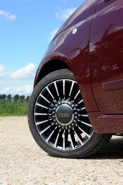 2017 FIAT 500 56