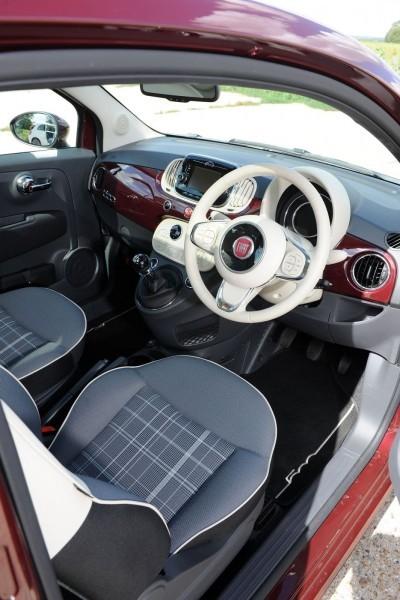 2017 FIAT 500 63