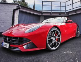 Ferrari F12 Is Gorgeous on LOMA Superlight Concave Wheels