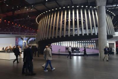 Frankfurt IAA 2015 - Showfloor Mega Gallery 380