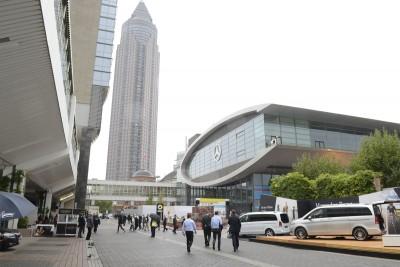 Frankfurt IAA 2015 - Showfloor Mega Gallery 403