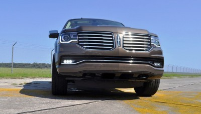 HD Road Test Review - 2015 Lincoln NAVIGATOR 4x4 Reserve 100