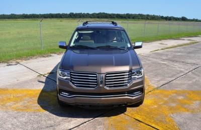 HD Road Test Review - 2015 Lincoln NAVIGATOR 4x4 Reserve 103