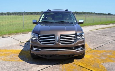 HD Road Test Review - 2015 Lincoln NAVIGATOR 4x4 Reserve 104