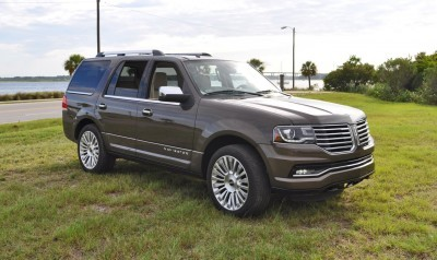 HD Road Test Review - 2015 Lincoln NAVIGATOR 4x4 Reserve 17