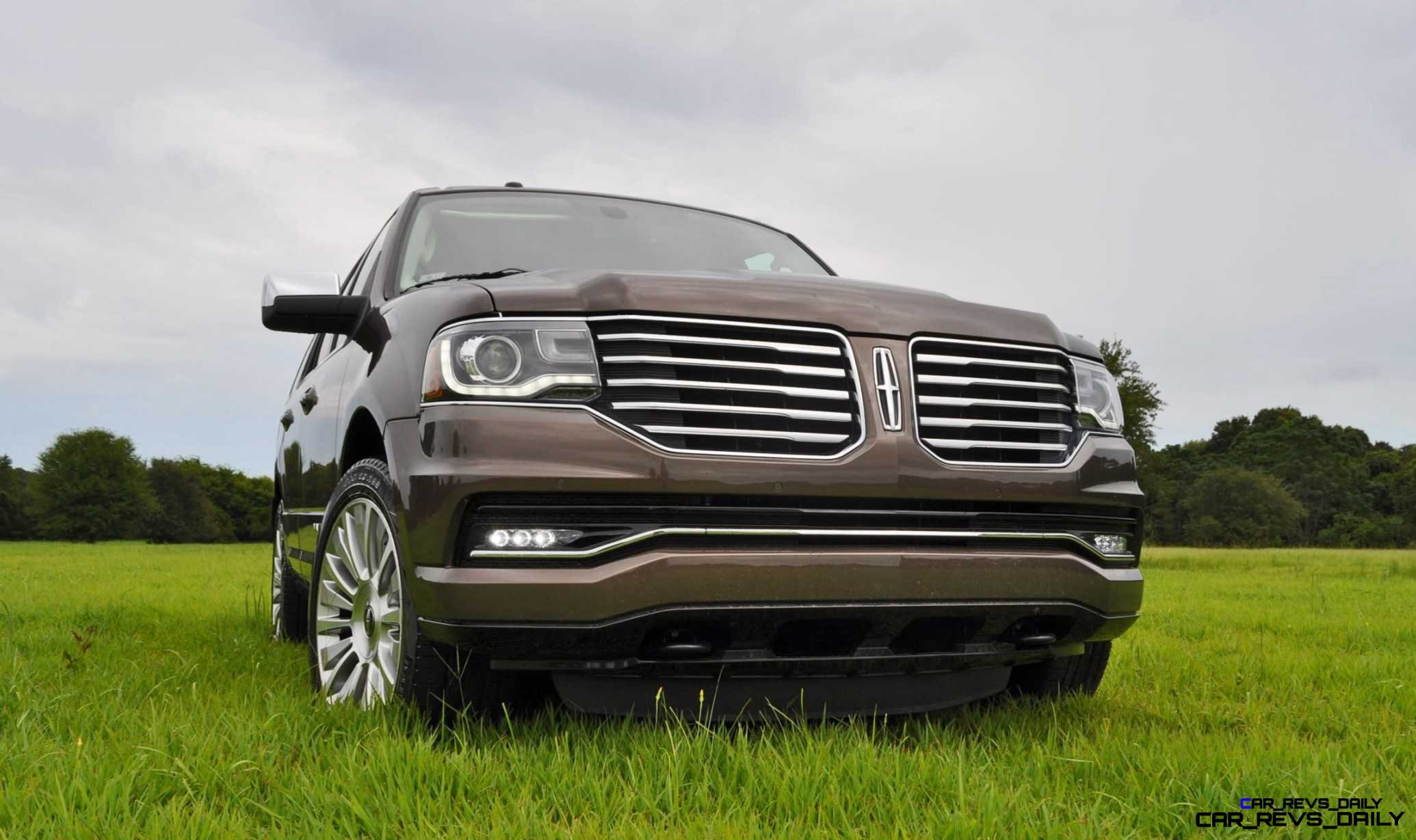 HD Road Test Review - 2015 Lincoln NAVIGATOR 4x4 Reserve 25
