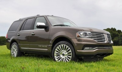 HD Road Test Review - 2015 Lincoln NAVIGATOR 4x4 Reserve 27