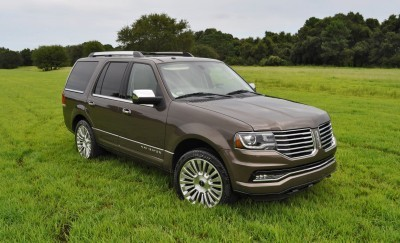 HD Road Test Review - 2015 Lincoln NAVIGATOR 4x4 Reserve 28