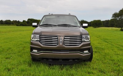 HD Road Test Review - 2015 Lincoln NAVIGATOR 4x4 Reserve 31