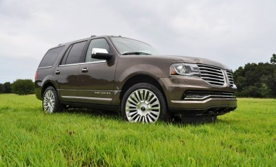 HD Road Test Review - 2015 Lincoln NAVIGATOR 4x4 Reserve 47