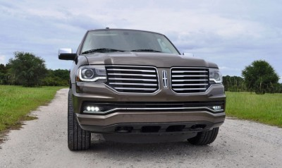 HD Road Test Review - 2015 Lincoln NAVIGATOR 4x4 Reserve 58