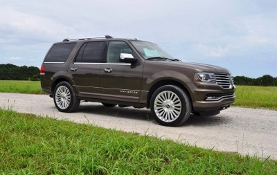 HD Road Test Review - 2015 Lincoln NAVIGATOR 4x4 Reserve 71
