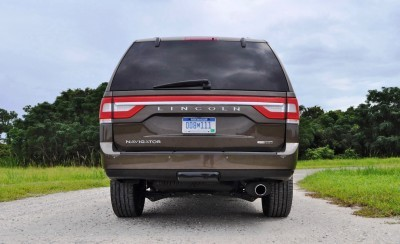 HD Road Test Review - 2015 Lincoln NAVIGATOR 4x4 Reserve 73