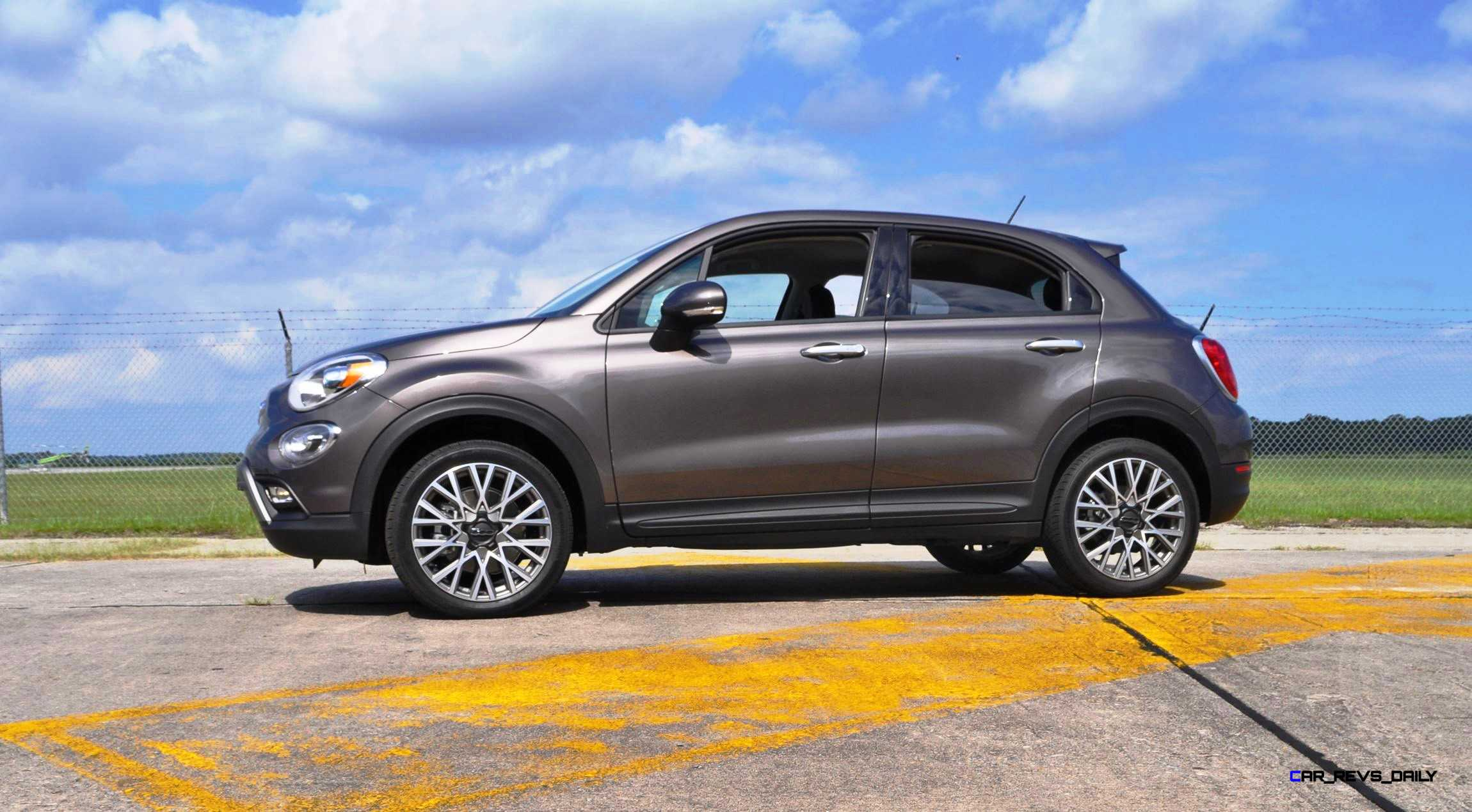 hd road test review 2016 fiat 500x trekking 42. Black Bedroom Furniture Sets. Home Design Ideas