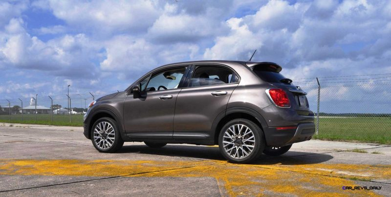 HD Road Test Review - 2016 FIAT 500X Trekking 46