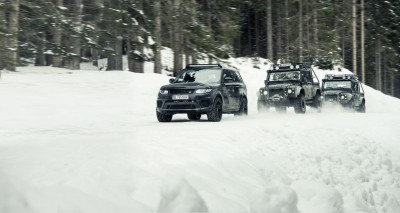 Hinx and the other cars on the Forest road
