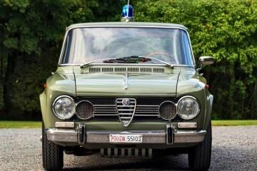 1966 Alfa Romeo Giulia Super POLIZIA SQUADRA VOLANTE - RM Arizona 2016 Preview