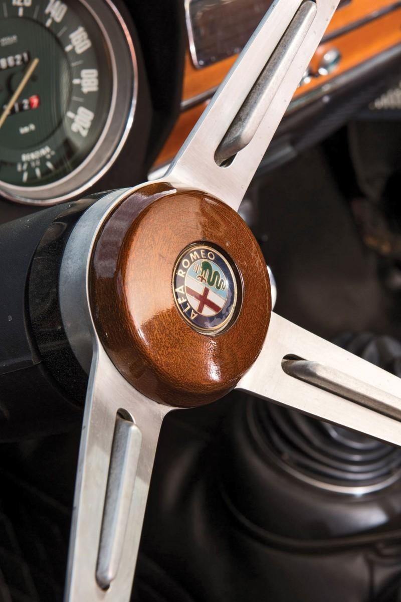 1966 Alfa Romeo Giulia Super POLIZIA SQUADRA VOLANTE 13