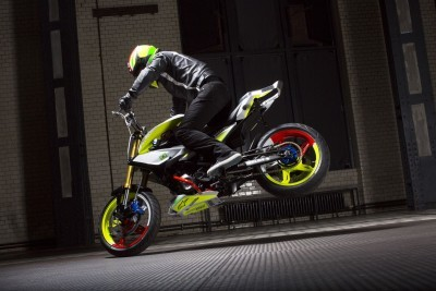 2015 BMW Concept Stunt G 310 Motorcycle 43
