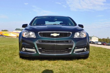 Track Drive Video - 2015 Chevrolet SS 6-Speed is Rare, Special and Features Dual-Mode Exhaust for 2016